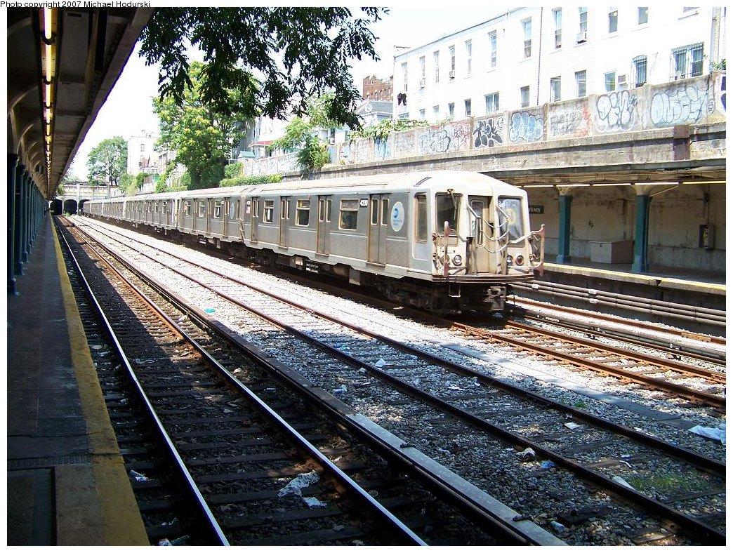 (309k, 1044x788)<br><b>Country:</b> United States<br><b>City:</b> New York<br><b>System:</b> New York City Transit<br><b>Line:</b> BMT Sea Beach Line<br><b>Location:</b> Bay Parkway (22nd Avenue) <br><b>Route:</b> N<br><b>Car:</b> R-40 (St. Louis, 1968)  4230 <br><b>Photo by:</b> Michael Hodurski<br><b>Date:</b> 8/2/2007<br><b>Viewed (this week/total):</b> 0 / 2138