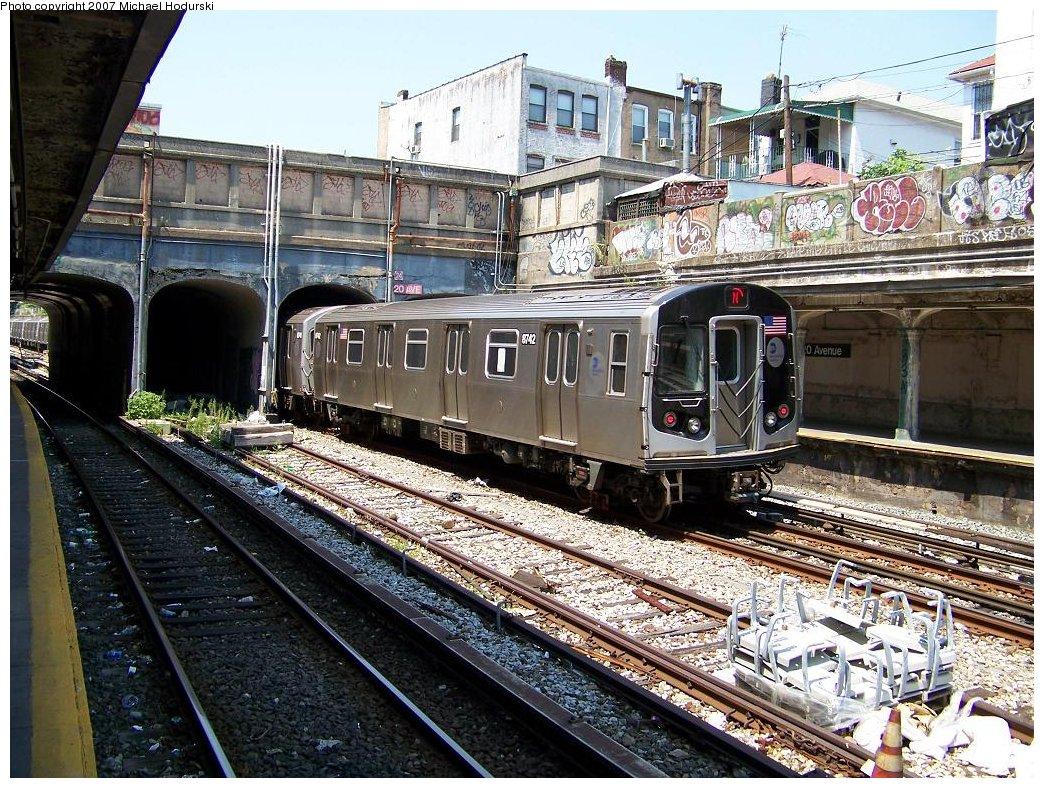 (283k, 1044x788)<br><b>Country:</b> United States<br><b>City:</b> New York<br><b>System:</b> New York City Transit<br><b>Line:</b> BMT Sea Beach Line<br><b>Location:</b> 20th Avenue <br><b>Route:</b> N<br><b>Car:</b> R-160B (Kawasaki, 2005-2008)  8742 <br><b>Photo by:</b> Michael Hodurski<br><b>Date:</b> 8/2/2007<br><b>Viewed (this week/total):</b> 3 / 2066