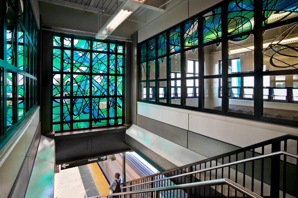 (251k, 1000x666)<br><b>Country:</b> United States<br><b>City:</b> New York<br><b>System:</b> New York City Transit<br><b>Line:</b> BMT Canarsie Line<br><b>Location:</b> East 105th Street <br><b>Photo by:</b> Photo courtesy Michael Ingui<br><b>Date:</b> 8/3/2007<br><b>Artwork:</b> <i>Crescendo</i>, Michael Ingui (2007).<br><b>Viewed (this week/total):</b> 1 / 2201
