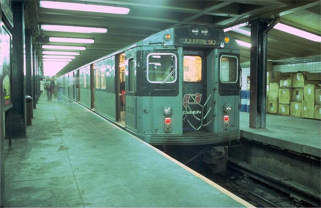 (178k, 1024x663)<br><b>Country:</b> United States<br><b>City:</b> New York<br><b>System:</b> PATH<br><b>Location:</b> 33rd Street <br><b>Car:</b> H&M/PATH K-class 1238 <br><b>Photo by:</b> Doug Grotjahn<br><b>Collection of:</b> Joe Testagrose<br><b>Date:</b> 9/10/1979<br><b>Viewed (this week/total):</b> 4 / 2867