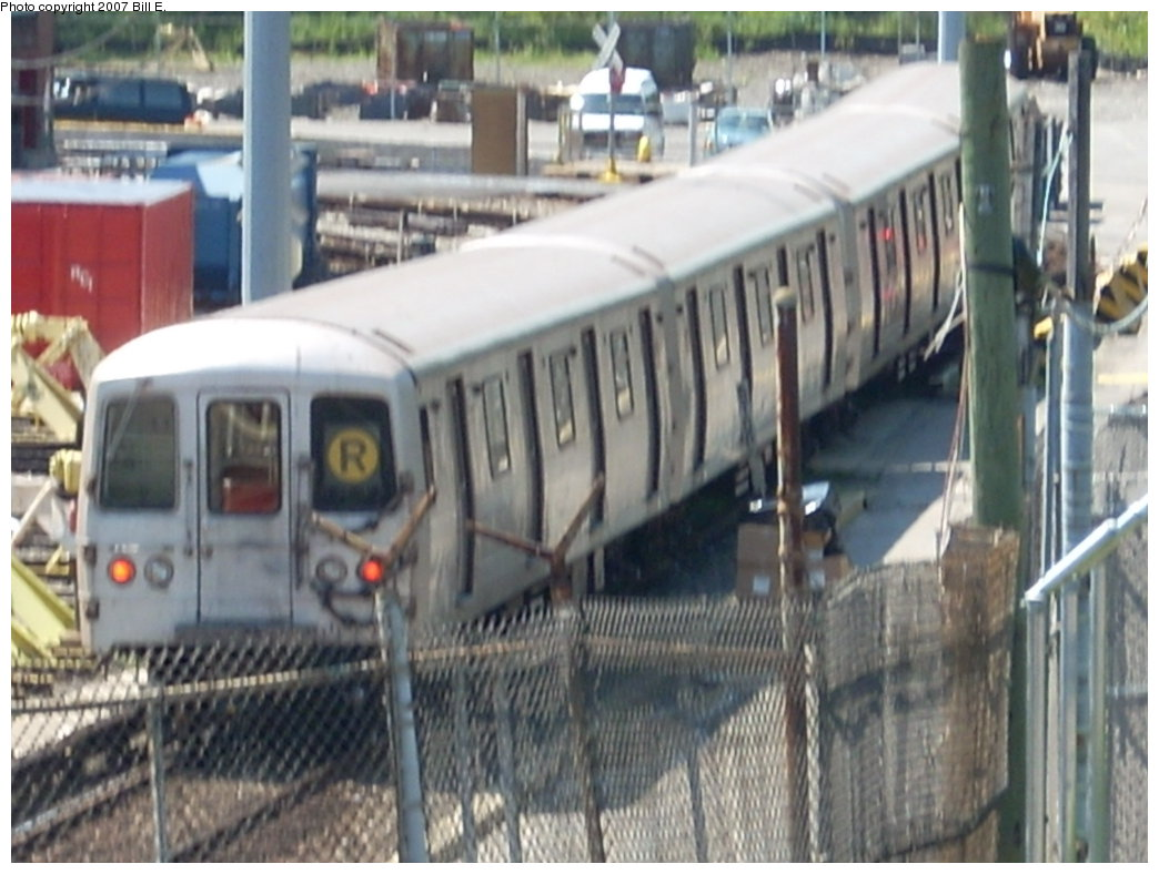 (183k, 1044x788)<br><b>Country:</b> United States<br><b>City:</b> New York<br><b>System:</b> New York City Transit<br><b>Location:</b> Jamaica Yard/Shops<br><b>Car:</b> R-46 (Pullman-Standard, 1974-75)  <br><b>Photo by:</b> Bill E.<br><b>Date:</b> 8/11/2007<br><b>Viewed (this week/total):</b> 3 / 4406