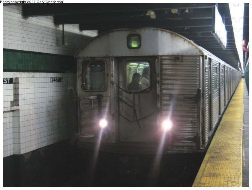 (83k, 820x620)<br><b>Country:</b> United States<br><b>City:</b> New York<br><b>System:</b> New York City Transit<br><b>Line:</b> IND 8th Avenue Line<br><b>Location:</b> West 4th Street/Washington Square <br><b>Route:</b> E<br><b>Car:</b> R-32 (Budd, 1964)  3588 <br><b>Photo by:</b> Gary Chatterton<br><b>Date:</b> 8/6/2007<br><b>Viewed (this week/total):</b> 0 / 1794