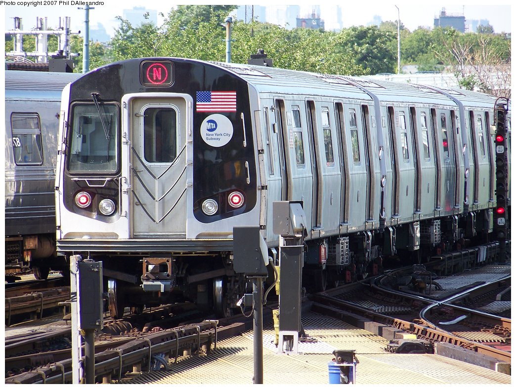 (270k, 1044x788)<br><b>Country:</b> United States<br><b>City:</b> New York<br><b>System:</b> New York City Transit<br><b>Location:</b> Coney Island/Stillwell Avenue<br><b>Route:</b> N<br><b>Car:</b> R-160B (Kawasaki, 2005-2008)  8732 <br><b>Photo by:</b> Philip D'Allesandro<br><b>Date:</b> 8/11/2007<br><b>Viewed (this week/total):</b> 2 / 1959