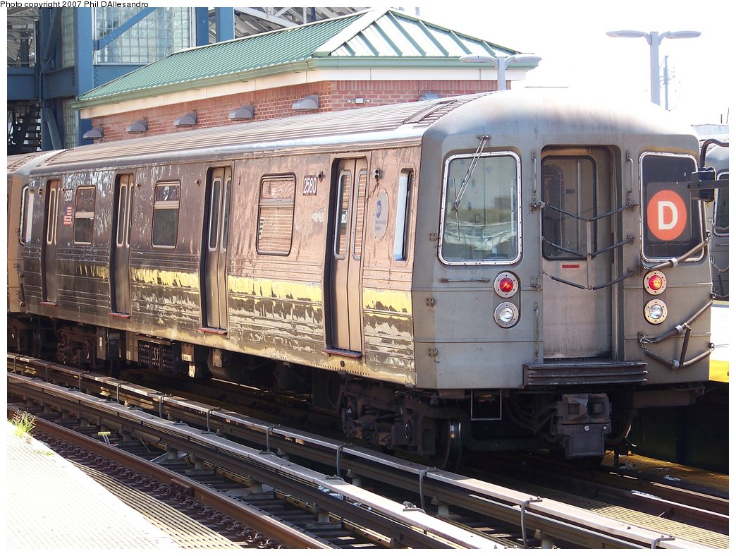 (230k, 1044x788)<br><b>Country:</b> United States<br><b>City:</b> New York<br><b>System:</b> New York City Transit<br><b>Location:</b> Coney Island/Stillwell Avenue<br><b>Route:</b> D<br><b>Car:</b> R-68 (Westinghouse-Amrail, 1986-1988)  2580 <br><b>Photo by:</b> Philip D'Allesandro<br><b>Date:</b> 8/11/2007<br><b>Viewed (this week/total):</b> 0 / 1473
