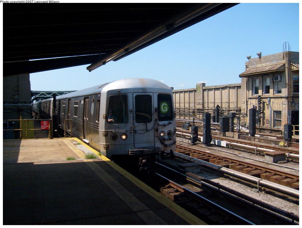 (199k, 1044x788)<br><b>Country:</b> United States<br><b>City:</b> New York<br><b>System:</b> New York City Transit<br><b>Line:</b> IND Crosstown Line<br><b>Location:</b> 4th Avenue <br><b>Route:</b> G<br><b>Car:</b> R-46 (Pullman-Standard, 1974-75)  <br><b>Photo by:</b> Leonard Wilson<br><b>Date:</b> 8/11/2007<br><b>Viewed (this week/total):</b> 2 / 1767