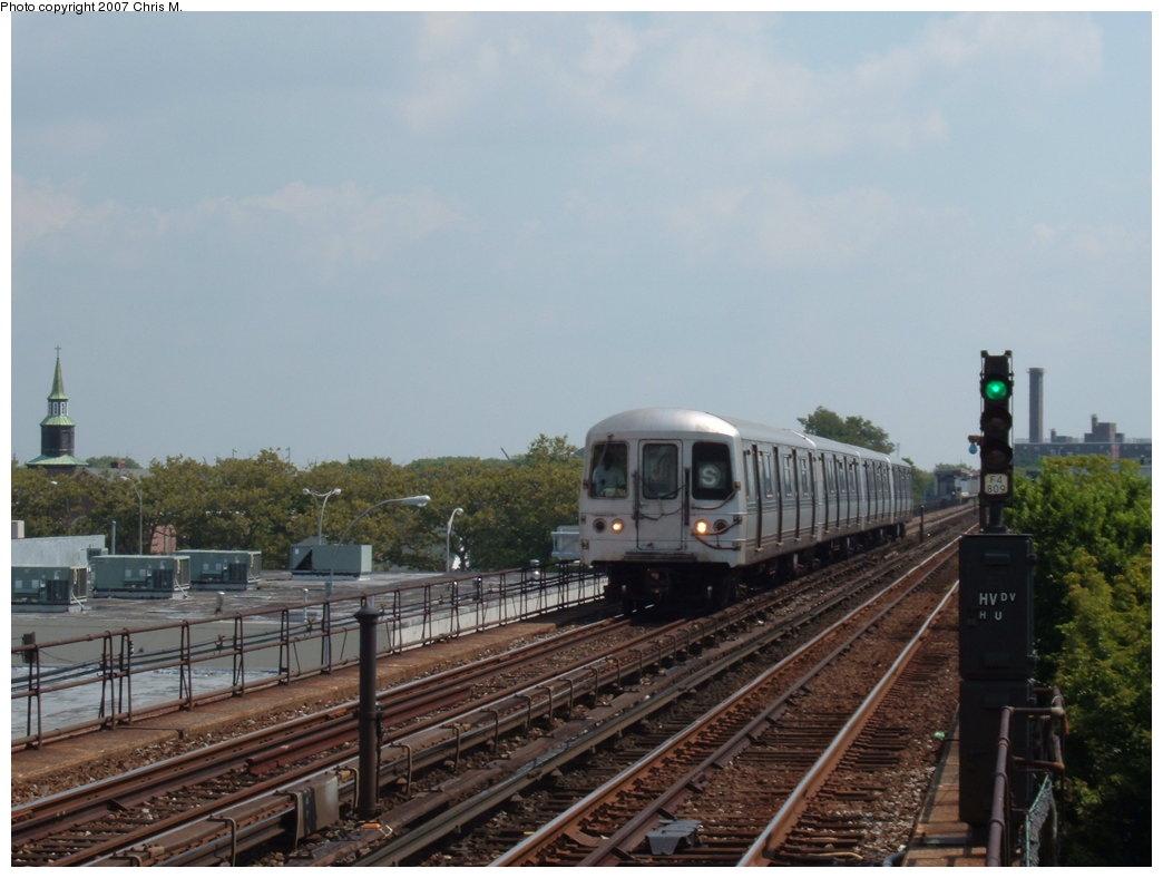 (146k, 1044x788)<br><b>Country:</b> United States<br><b>City:</b> New York<br><b>System:</b> New York City Transit<br><b>Line:</b> IND Rockaway<br><b>Location:</b> Beach 98th Street/Playland <br><b>Route:</b> A<br><b>Car:</b> R-44 (St. Louis, 1971-73)  <br><b>Photo by:</b> Chris M.<br><b>Date:</b> 8/13/2007<br><b>Viewed (this week/total):</b> 1 / 1750