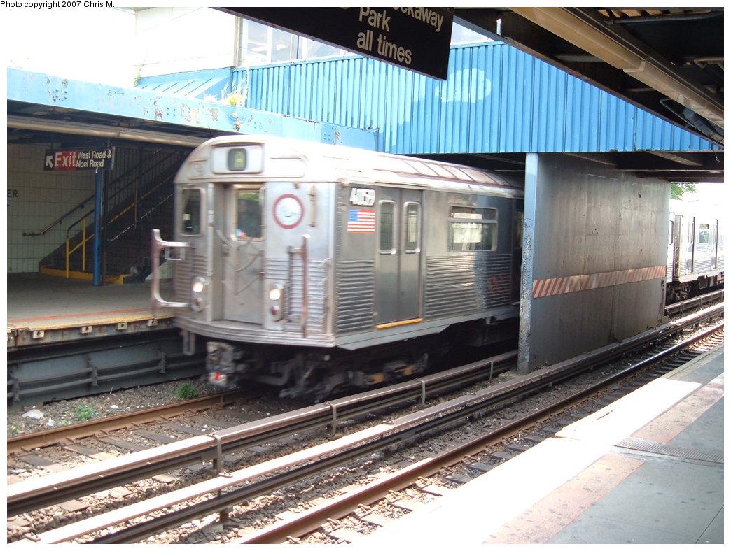 (205k, 1044x788)<br><b>Country:</b> United States<br><b>City:</b> New York<br><b>System:</b> New York City Transit<br><b>Line:</b> IND Rockaway<br><b>Location:</b> Broad Channel <br><b>Route:</b> A<br><b>Car:</b> R-38 (St. Louis, 1966-1967)  4059 <br><b>Photo by:</b> Chris M.<br><b>Date:</b> 8/13/2007<br><b>Viewed (this week/total):</b> 2 / 2248