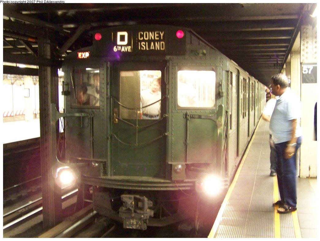 (149k, 1044x788)<br><b>Country:</b> United States<br><b>City:</b> New York<br><b>System:</b> New York City Transit<br><b>Line:</b> BMT Broadway Line<br><b>Location:</b> 57th Street <br><b>Route:</b> Fan Trip<br><b>Car:</b> R-1 (American Car & Foundry, 1930-1931) 100 <br><b>Photo by:</b> Philip D'Allesandro<br><b>Date:</b> 8/12/2007<br><b>Viewed (this week/total):</b> 8 / 2820