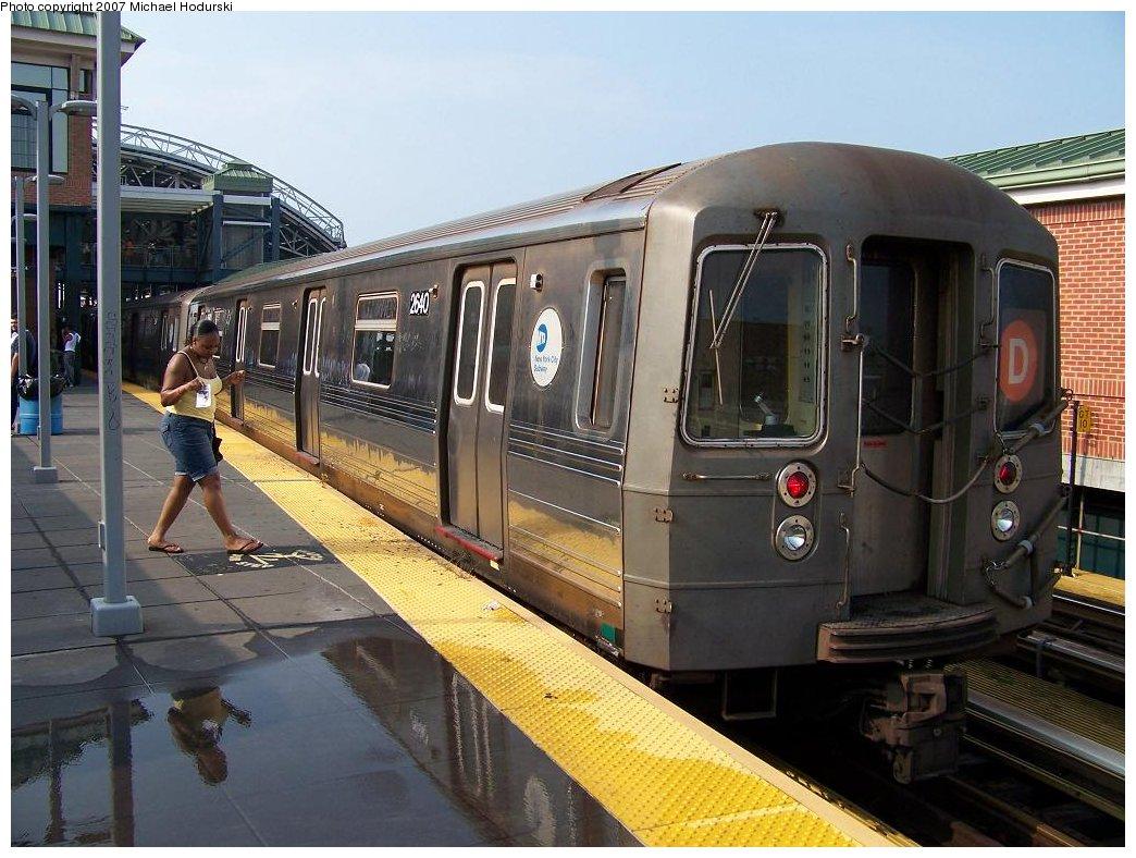 (191k, 1044x788)<br><b>Country:</b> United States<br><b>City:</b> New York<br><b>System:</b> New York City Transit<br><b>Location:</b> Coney Island Yard<br><b>Route:</b> D<br><b>Car:</b> R-68 (Westinghouse-Amrail, 1986-1988)  2640 <br><b>Photo by:</b> Michael Hodurski<br><b>Date:</b> 8/8/2007<br><b>Viewed (this week/total):</b> 3 / 1997