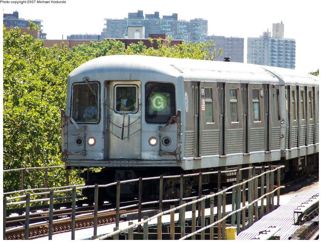 (265k, 1044x788)<br><b>Country:</b> United States<br><b>City:</b> New York<br><b>System:</b> New York City Transit<br><b>Line:</b> BMT Culver Line<br><b>Location:</b> Kings Highway <br><b>Route:</b> G<br><b>Car:</b> R-42 (St. Louis, 1969-1970)  4916 <br><b>Photo by:</b> Michael Hodurski<br><b>Date:</b> 8/11/2007<br><b>Viewed (this week/total):</b> 0 / 2677