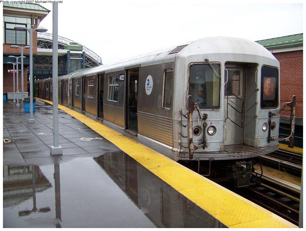 (189k, 1044x788)<br><b>Country:</b> United States<br><b>City:</b> New York<br><b>System:</b> New York City Transit<br><b>Location:</b> Coney Island/Stillwell Avenue<br><b>Route:</b> F<br><b>Car:</b> R-42 (St. Louis, 1969-1970)  4932 <br><b>Photo by:</b> Michael Hodurski<br><b>Date:</b> 8/10/2007<br><b>Viewed (this week/total):</b> 0 / 2266