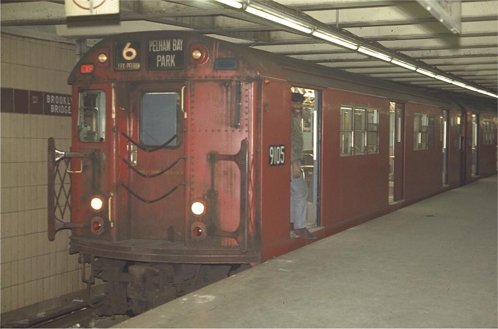 (148k, 1024x677)<br><b>Country:</b> United States<br><b>City:</b> New York<br><b>System:</b> New York City Transit<br><b>Line:</b> IRT East Side Line<br><b>Location:</b> Brooklyn Bridge/City Hall <br><b>Route:</b> 6<br><b>Car:</b> R-33 Main Line (St. Louis, 1962-63) 9105 <br><b>Photo by:</b> Joe Testagrose<br><b>Date:</b> 4/1/1970<br><b>Viewed (this week/total):</b> 1 / 2279