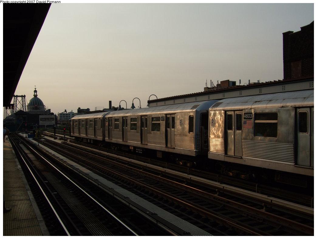 (134k, 1044x788)<br><b>Country:</b> United States<br><b>City:</b> New York<br><b>System:</b> New York City Transit<br><b>Line:</b> BMT Nassau Street/Jamaica Line<br><b>Location:</b> Marcy Avenue <br><b>Route:</b> J<br><b>Car:</b> R-42 (St. Louis, 1969-1970)  4577 <br><b>Photo by:</b> David Pirmann<br><b>Date:</b> 8/14/2007<br><b>Viewed (this week/total):</b> 0 / 1189