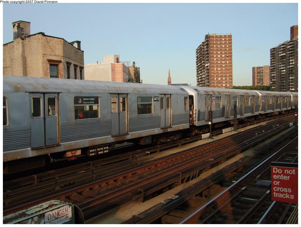 (175k, 1044x788)<br><b>Country:</b> United States<br><b>City:</b> New York<br><b>System:</b> New York City Transit<br><b>Line:</b> BMT Nassau Street/Jamaica Line<br><b>Location:</b> Hewes Street <br><b>Route:</b> J<br><b>Car:</b> R-42 (St. Louis, 1969-1970)  4711 <br><b>Photo by:</b> David Pirmann<br><b>Date:</b> 8/14/2007<br><b>Viewed (this week/total):</b> 4 / 1253