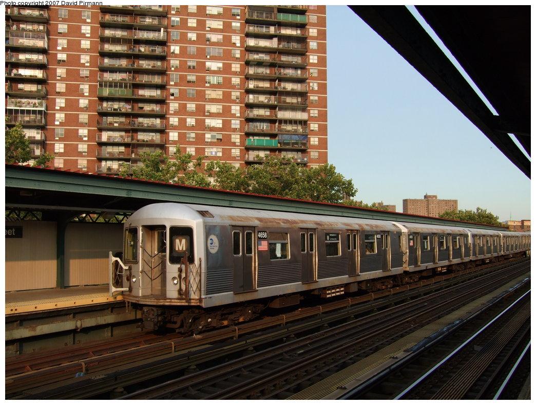 (217k, 1044x788)<br><b>Country:</b> United States<br><b>City:</b> New York<br><b>System:</b> New York City Transit<br><b>Line:</b> BMT Nassau Street/Jamaica Line<br><b>Location:</b> Lorimer Street <br><b>Route:</b> M<br><b>Car:</b> R-42 (St. Louis, 1969-1970)  4658 <br><b>Photo by:</b> David Pirmann<br><b>Date:</b> 8/14/2007<br><b>Viewed (this week/total):</b> 0 / 1654