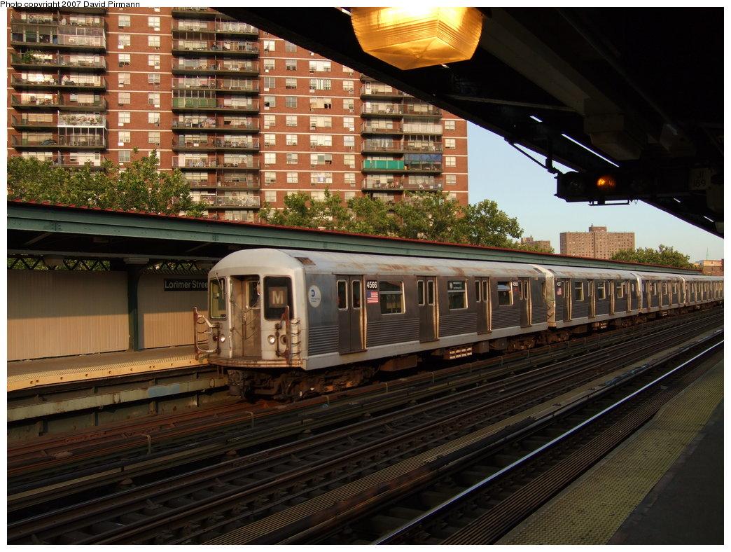 (211k, 1044x788)<br><b>Country:</b> United States<br><b>City:</b> New York<br><b>System:</b> New York City Transit<br><b>Line:</b> BMT Nassau Street/Jamaica Line<br><b>Location:</b> Lorimer Street <br><b>Route:</b> M<br><b>Car:</b> R-42 (St. Louis, 1969-1970)  4566 <br><b>Photo by:</b> David Pirmann<br><b>Date:</b> 8/14/2007<br><b>Viewed (this week/total):</b> 0 / 2169