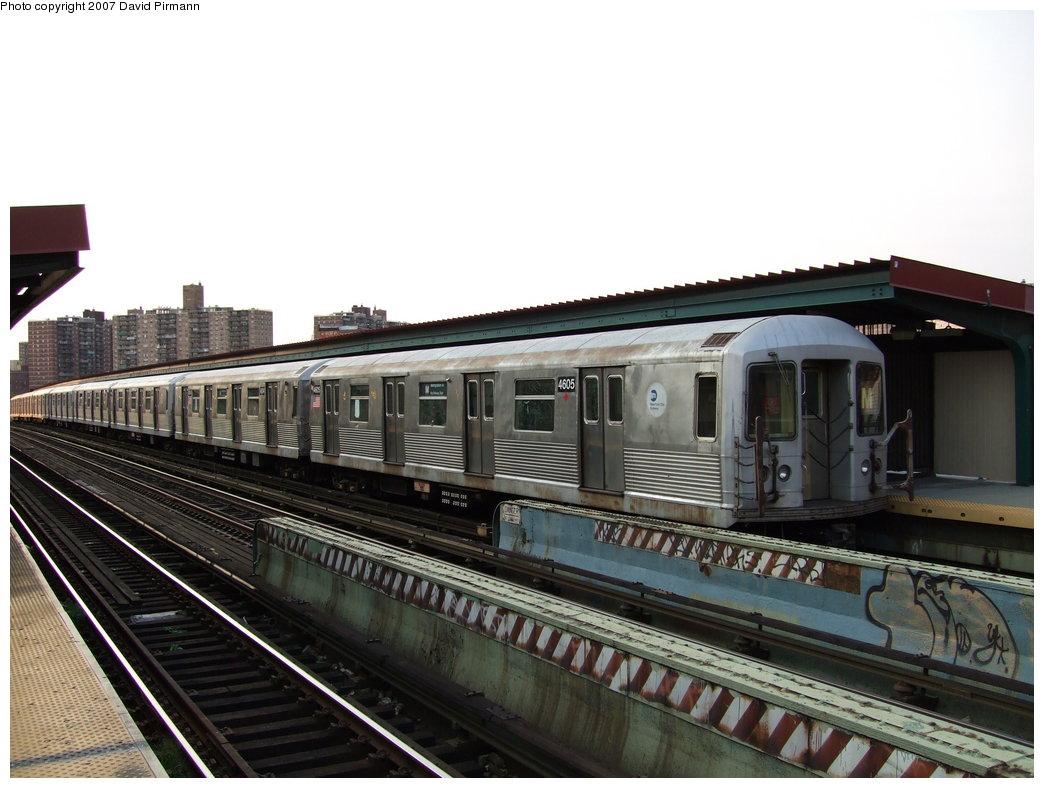 (163k, 1044x788)<br><b>Country:</b> United States<br><b>City:</b> New York<br><b>System:</b> New York City Transit<br><b>Line:</b> BMT Nassau Street/Jamaica Line<br><b>Location:</b> Flushing Avenue <br><b>Route:</b> M<br><b>Car:</b> R-42 (St. Louis, 1969-1970)  4605 <br><b>Photo by:</b> David Pirmann<br><b>Date:</b> 8/14/2007<br><b>Viewed (this week/total):</b> 0 / 1639