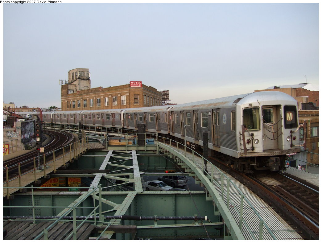 (175k, 1044x788)<br><b>Country:</b> United States<br><b>City:</b> New York<br><b>System:</b> New York City Transit<br><b>Line:</b> BMT Myrtle Avenue Line<br><b>Location:</b> Wyckoff Avenue <br><b>Route:</b> M<br><b>Car:</b> R-42 (St. Louis, 1969-1970)  4614 <br><b>Photo by:</b> David Pirmann<br><b>Date:</b> 8/14/2007<br><b>Viewed (this week/total):</b> 4 / 3025