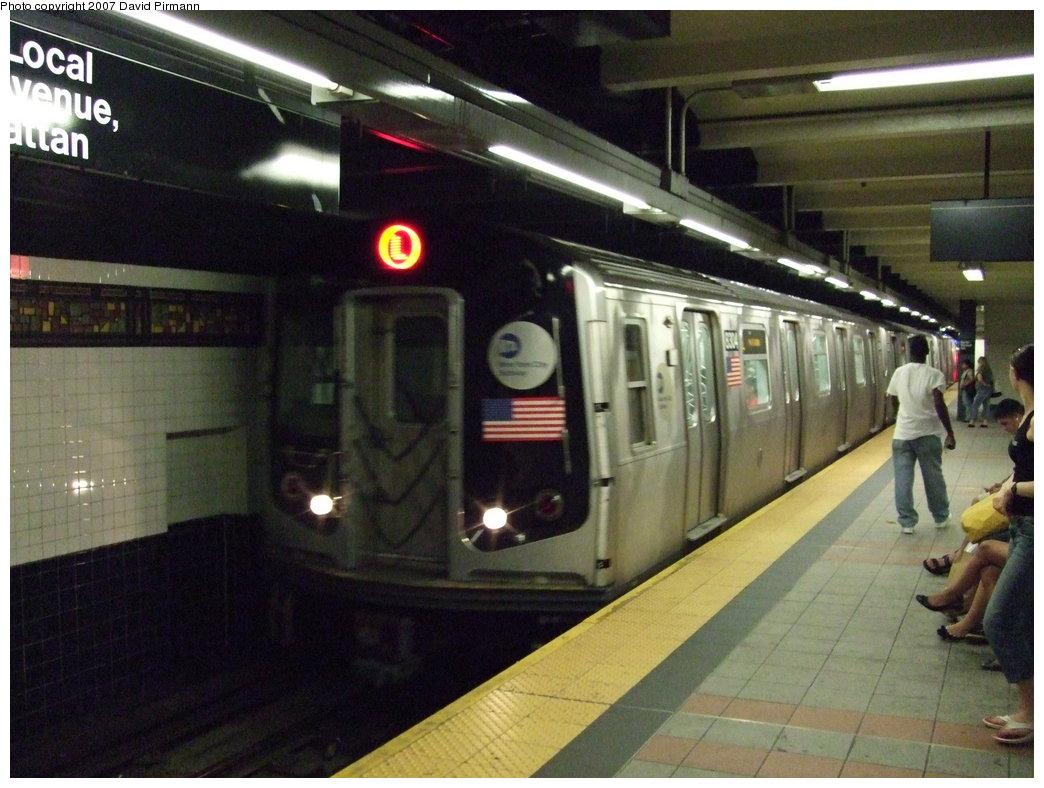 (170k, 1044x788)<br><b>Country:</b> United States<br><b>City:</b> New York<br><b>System:</b> New York City Transit<br><b>Line:</b> BMT Canarsie Line<br><b>Location:</b> Myrtle Avenue <br><b>Route:</b> L<br><b>Car:</b> R-143 (Kawasaki, 2001-2002) 8304 <br><b>Photo by:</b> David Pirmann<br><b>Date:</b> 8/14/2007<br><b>Viewed (this week/total):</b> 3 / 2170
