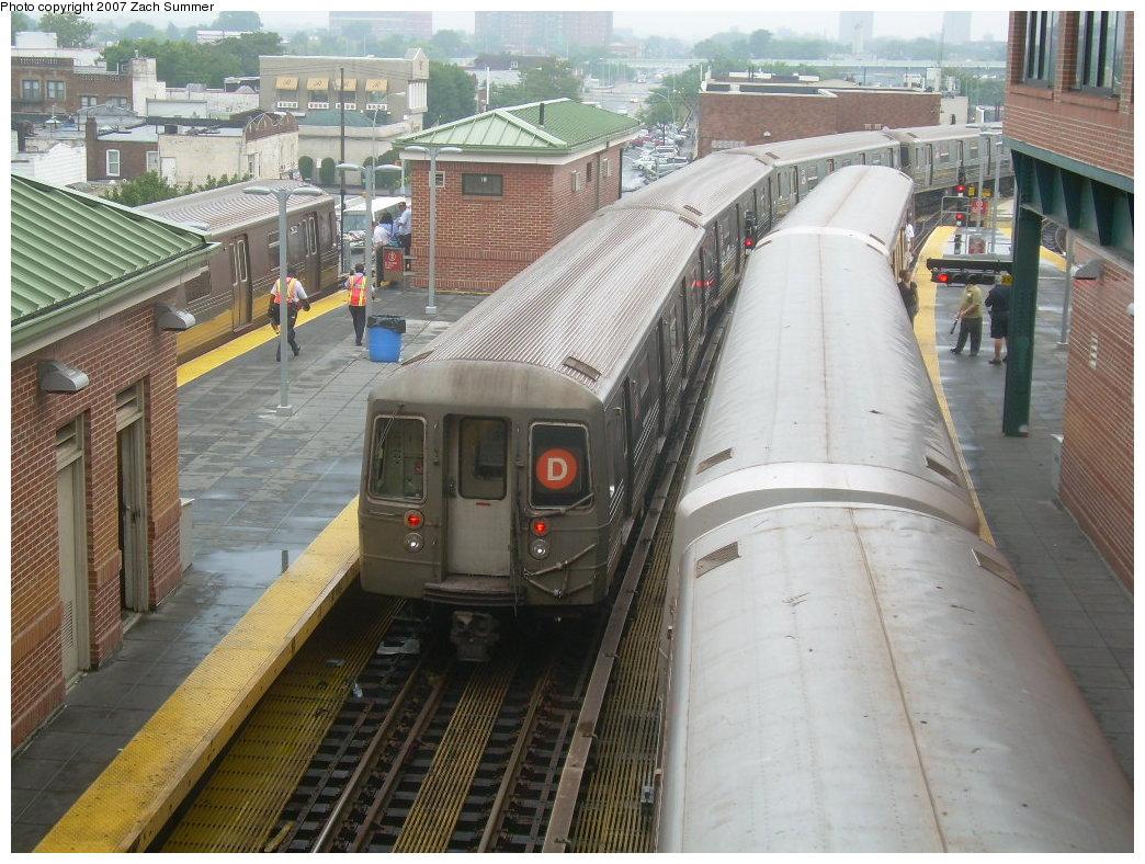 (236k, 1044x788)<br><b>Country:</b> United States<br><b>City:</b> New York<br><b>System:</b> New York City Transit<br><b>Location:</b> Coney Island/Stillwell Avenue<br><b>Route:</b> D<br><b>Car:</b> R-68 (Westinghouse-Amrail, 1986-1988)  2774 <br><b>Photo by:</b> Zach Summer<br><b>Date:</b> 8/8/2007<br><b>Notes:</b> D train bound for yard layup due to flooding.<br><b>Viewed (this week/total):</b> 0 / 2223