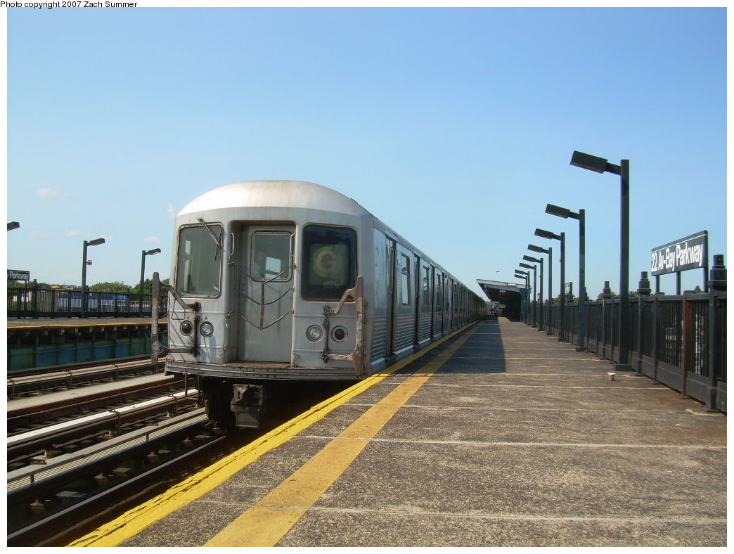 (205k, 1044x788)<br><b>Country:</b> United States<br><b>City:</b> New York<br><b>System:</b> New York City Transit<br><b>Line:</b> BMT Culver Line<br><b>Location:</b> Bay Parkway (22nd Avenue)<br><b>Route:</b> G<br><b>Car:</b> R-42 (St. Louis, 1969-1970) 4932 <br><b>Photo by:</b> Zach Summer<br><b>Date:</b> 8/12/2007<br><b>Viewed (this week/total):</b> 0 / 2725