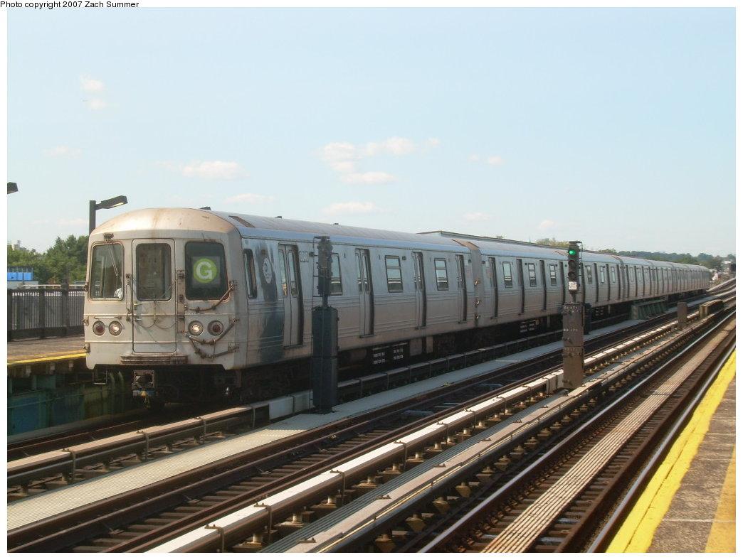 (181k, 1044x788)<br><b>Country:</b> United States<br><b>City:</b> New York<br><b>System:</b> New York City Transit<br><b>Line:</b> BMT Culver Line<br><b>Location:</b> Bay Parkway (22nd Avenue) <br><b>Route:</b> G<br><b>Car:</b> R-46 (Pullman-Standard, 1974-75) 6040 <br><b>Photo by:</b> Zach Summer<br><b>Date:</b> 8/12/2007<br><b>Viewed (this week/total):</b> 2 / 1552