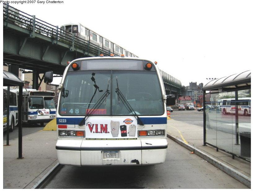 (91k, 820x620)<br><b>Country:</b> United States<br><b>City:</b> New York<br><b>System:</b> New York City Transit<br><b>Line:</b> BMT Nassau Street/Jamaica Line<br><b>Location:</b> Marcy Avenue <br><b>Route:</b> J<br><b>Car:</b> R-42 (St. Louis, 1969-1970)  4741 <br><b>Photo by:</b> Gary Chatterton<br><b>Date:</b> 8/7/2007<br><b>Viewed (this week/total):</b> 2 / 2762