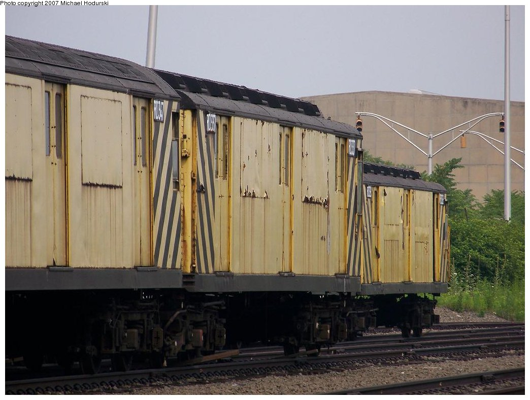 (171k, 1044x788)<br><b>Country:</b> United States<br><b>City:</b> New York<br><b>System:</b> New York City Transit<br><b>Line:</b> South Brooklyn Railway<br><b>Location:</b> SBK Yard (2nd Ave at 38th St.) (SBK)<br><b>Car:</b> R-71 Rider Car (R-17/R-21/R-22 Rebuilds)  RD337 (ex-5950)<br><b>Photo by:</b> Michael Hodurski<br><b>Date:</b> 7/5/2007<br><b>Viewed (this week/total):</b> 0 / 1526