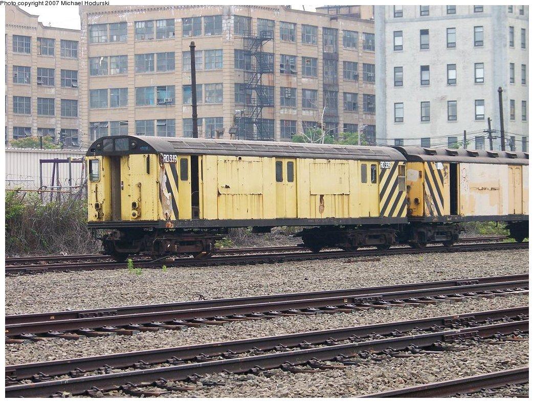 (292k, 1044x788)<br><b>Country:</b> United States<br><b>City:</b> New York<br><b>System:</b> New York City Transit<br><b>Line:</b> South Brooklyn Railway<br><b>Location:</b> SBK Yard (2nd Ave at 38th St.) (SBK)<br><b>Car:</b> R-71 Rider Car (R-17/R-21/R-22 Rebuilds)  RD339 (ex-6762)<br><b>Photo by:</b> Michael Hodurski<br><b>Date:</b> 7/5/2007<br><b>Viewed (this week/total):</b> 0 / 1996