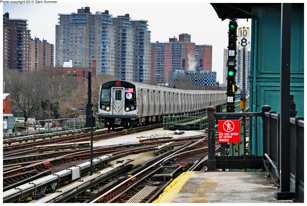 (363k, 1044x700)<br><b>Country:</b> United States<br><b>City:</b> New York<br><b>System:</b> New York City Transit<br><b>Line:</b> BMT Culver Line<br><b>Location:</b> Avenue X <br><b>Route:</b> F<br><b>Car:</b> R-160A (Option 2) (Alstom, 2009, 5-car sets)  9717 <br><b>Photo by:</b> Zach Summer<br><b>Date:</b> 3/10/2010<br><b>Viewed (this week/total):</b> 0 / 1387