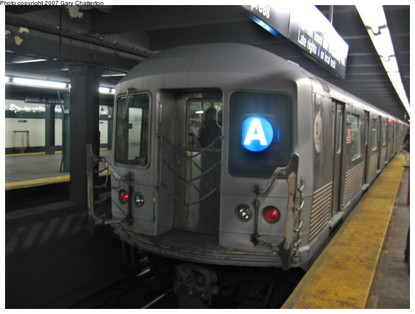 (83k, 820x620)<br><b>Country:</b> United States<br><b>City:</b> New York<br><b>System:</b> New York City Transit<br><b>Line:</b> IND 8th Avenue Line<br><b>Location:</b> West 4th Street/Washington Square <br><b>Route:</b> A<br><b>Car:</b> R-42 (St. Louis, 1969-1970)  4911 <br><b>Photo by:</b> Gary Chatterton<br><b>Date:</b> 8/16/2007<br><b>Viewed (this week/total):</b> 0 / 3613