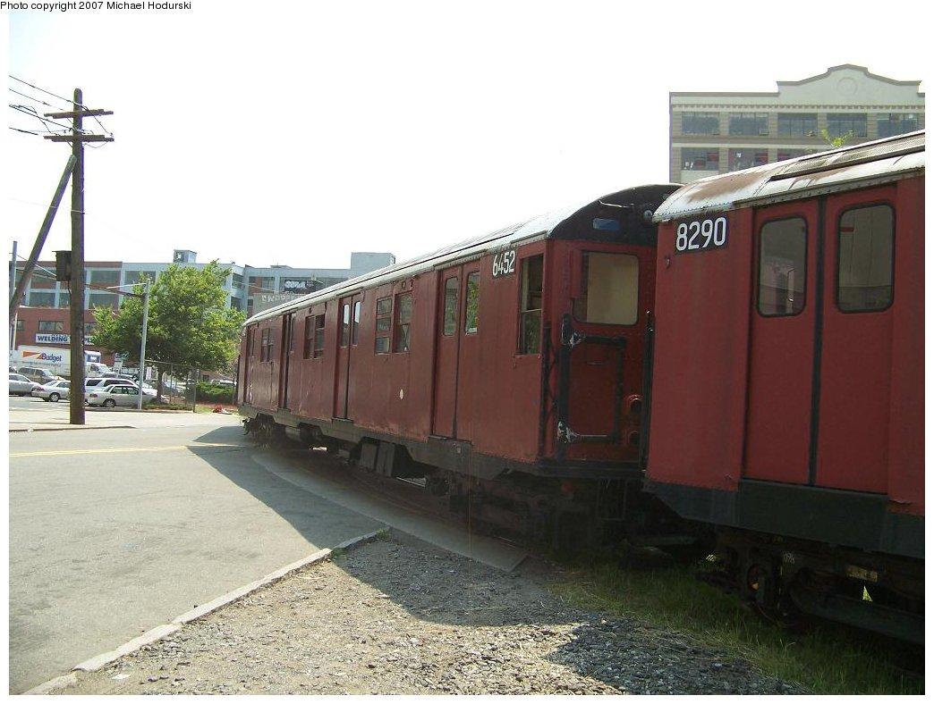 (160k, 1044x788)<br><b>Country:</b> United States<br><b>City:</b> New York<br><b>System:</b> New York City Transit<br><b>Line:</b> South Brooklyn Railway<br><b>Location:</b> 2nd Avenue (SBK)<br><b>Car:</b> R-16 (American Car & Foundry, 1955) 6452 <br><b>Photo by:</b> Michael Hodurski<br><b>Date:</b> 7/17/2007<br><b>Viewed (this week/total):</b> 0 / 2008