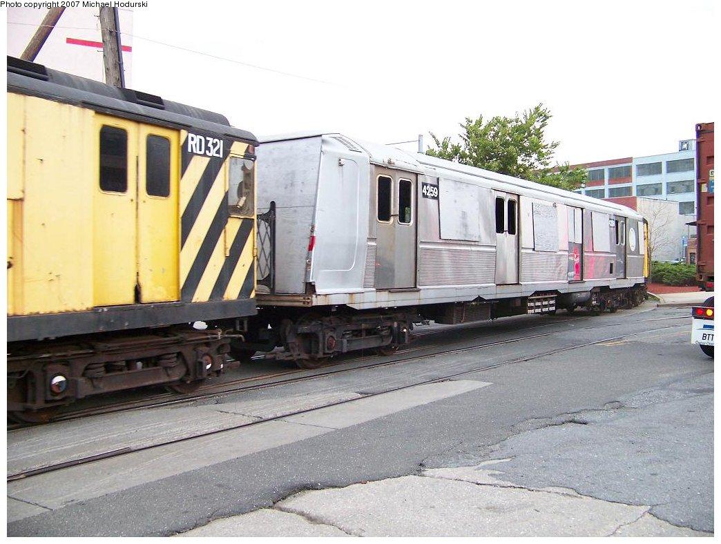 (181k, 1044x788)<br><b>Country:</b> United States<br><b>City:</b> New York<br><b>System:</b> New York City Transit<br><b>Line:</b> South Brooklyn Railway<br><b>Location:</b> 2nd Avenue (SBK)<br><b>Car:</b> R-40 (St. Louis, 1968)  4259 <br><b>Photo by:</b> Michael Hodurski<br><b>Date:</b> 7/19/2007<br><b>Viewed (this week/total):</b> 3 / 6375