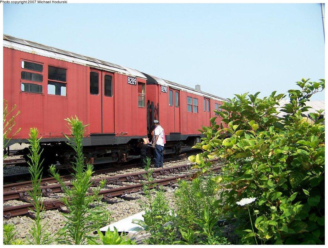 (244k, 1044x788)<br><b>Country:</b> United States<br><b>City:</b> New York<br><b>System:</b> New York City Transit<br><b>Line:</b> South Brooklyn Railway<br><b>Location:</b> SBK Yard (2nd Ave at 38th St.) (SBK)<br><b>Car:</b> R-30 (St. Louis, 1961) 8289/8290 <br><b>Photo by:</b> Michael Hodurski<br><b>Date:</b> 7/17/2007<br><b>Viewed (this week/total):</b> 2 / 1850