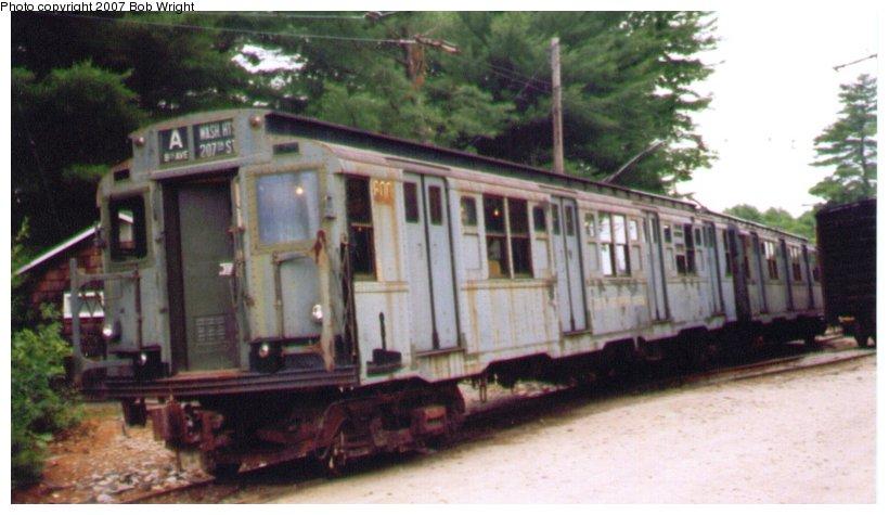 (75k, 820x475)<br><b>Country:</b> United States<br><b>City:</b> Kennebunk, ME<br><b>System:</b> Seashore Trolley Museum <br><b>Car:</b> R-4 (American Car & Foundry, 1932-1933) 800 <br><b>Photo by:</b> Bob Wright<br><b>Date:</b> 7/1997<br><b>Viewed (this week/total):</b> 0 / 1588