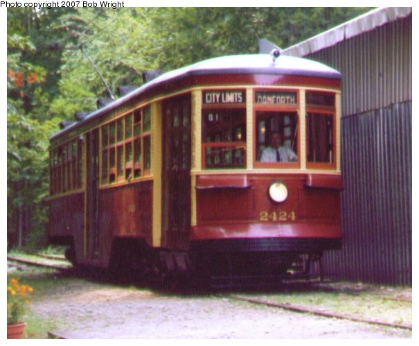 (61k, 605x499)<br><b>Country:</b> Canada<br><b>City:</b> Toronto<br><b>System:</b> Halton County Radial Railway <br><b>Car:</b> TTC Witt 2424 <br><b>Photo by:</b> Bob Wright<br><b>Date:</b> 7/1999<br><b>Viewed (this week/total):</b> 2 / 1097
