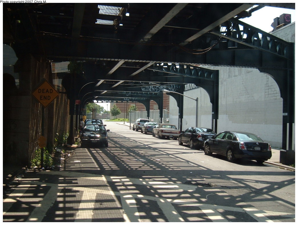 (180k, 1044x788)<br><b>Country:</b> United States<br><b>City:</b> New York<br><b>System:</b> New York City Transit<br><b>Line:</b> IND Fulton Street Line<br><b>Location:</b> Rockaway Boulevard <br><b>Photo by:</b> Chris M.<br><b>Date:</b> 8/9/2007<br><b>Notes:</b> View under the Rockaway line, south view from Rockaway Blvd and 99th St.<br><b>Viewed (this week/total):</b> 2 / 2311