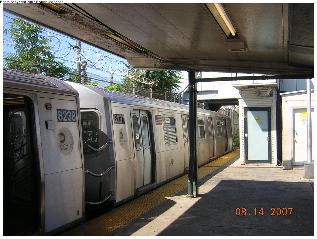 (218k, 1044x788)<br><b>Country:</b> United States<br><b>City:</b> New York<br><b>System:</b> New York City Transit<br><b>Line:</b> BMT Canarsie Line<br><b>Location:</b> Rockaway Parkway <br><b>Route:</b> L<br><b>Car:</b> R-143 (Kawasaki, 2001-2002) 8237 <br><b>Photo by:</b> Robert Mencher<br><b>Date:</b> 8/14/2007<br><b>Viewed (this week/total):</b> 0 / 1785