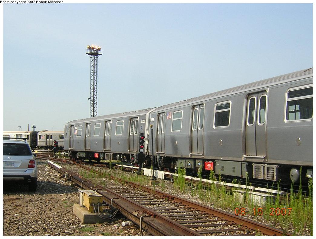 (207k, 1044x788)<br><b>Country:</b> United States<br><b>City:</b> New York<br><b>System:</b> New York City Transit<br><b>Location:</b> Coney Island Yard<br><b>Car:</b> R-160B (Kawasaki, 2005-2008)  8759 <br><b>Photo by:</b> Robert Mencher<br><b>Date:</b> 8/15/2007<br><b>Viewed (this week/total):</b> 0 / 2277