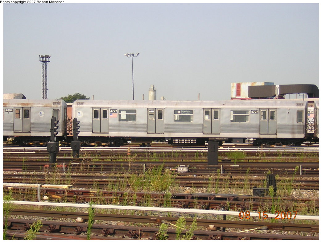 (220k, 1044x788)<br><b>Country:</b> United States<br><b>City:</b> New York<br><b>System:</b> New York City Transit<br><b>Location:</b> Coney Island Yard<br><b>Car:</b> R-42 (St. Louis, 1969-1970)  4727 <br><b>Photo by:</b> Robert Mencher<br><b>Date:</b> 8/15/2007<br><b>Viewed (this week/total):</b> 0 / 1274