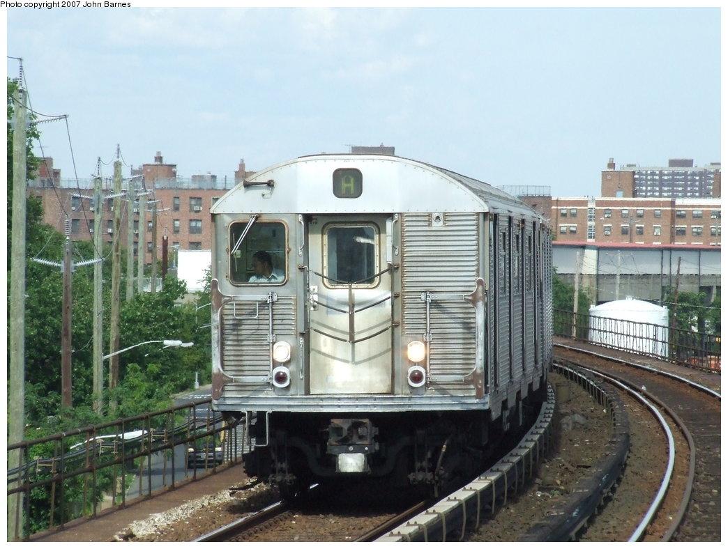 (186k, 1044x788)<br><b>Country:</b> United States<br><b>City:</b> New York<br><b>System:</b> New York City Transit<br><b>Line:</b> IND Rockaway<br><b>Location:</b> Beach 67th Street/Gaston Avenue <br><b>Route:</b> A<br><b>Car:</b> R-32 (Budd, 1964)  3553 <br><b>Photo by:</b> John Barnes<br><b>Date:</b> 7/22/2007<br><b>Viewed (this week/total):</b> 0 / 2595