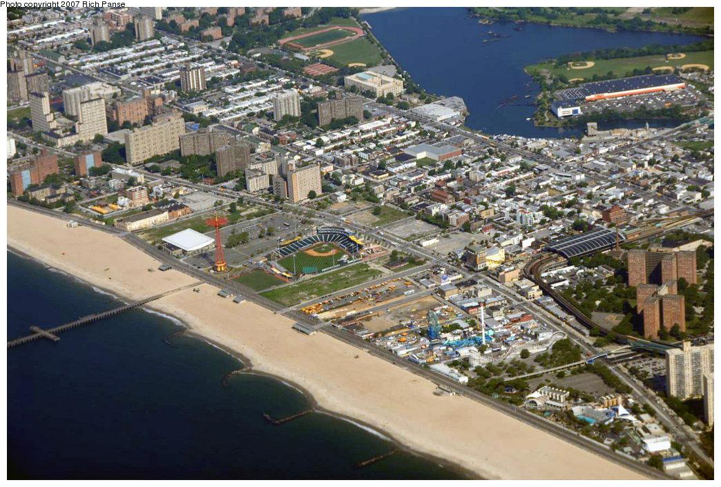 (273k, 1044x706)<br><b>Country:</b> United States<br><b>City:</b> New York<br><b>System:</b> New York City Transit<br><b>Location:</b> Coney Island/Stillwell Avenue<br><b>Photo by:</b> Richard Panse<br><b>Date:</b> 6/18/2007<br><b>Notes:</b> View of Stillwell Avenue station (at extreme right) looking northwest.<br><b>Viewed (this week/total):</b> 1 / 3075