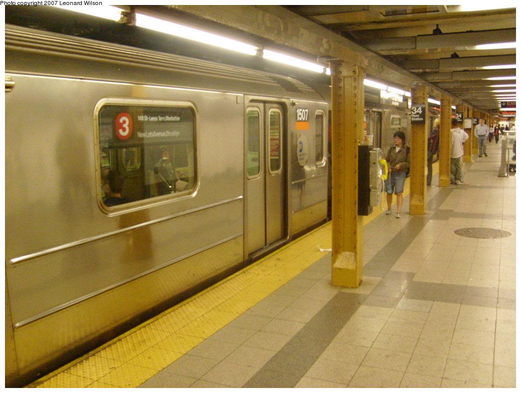 (189k, 1044x788)<br><b>Country:</b> United States<br><b>City:</b> New York<br><b>System:</b> New York City Transit<br><b>Line:</b> IRT West Side Line<br><b>Location:</b> 34th Street/Penn Station <br><b>Route:</b> 3<br><b>Car:</b> R-62 (Kawasaki, 1983-1985)  1507 <br><b>Photo by:</b> Leonard Wilson<br><b>Date:</b> 8/19/2007<br><b>Viewed (this week/total):</b> 0 / 3130