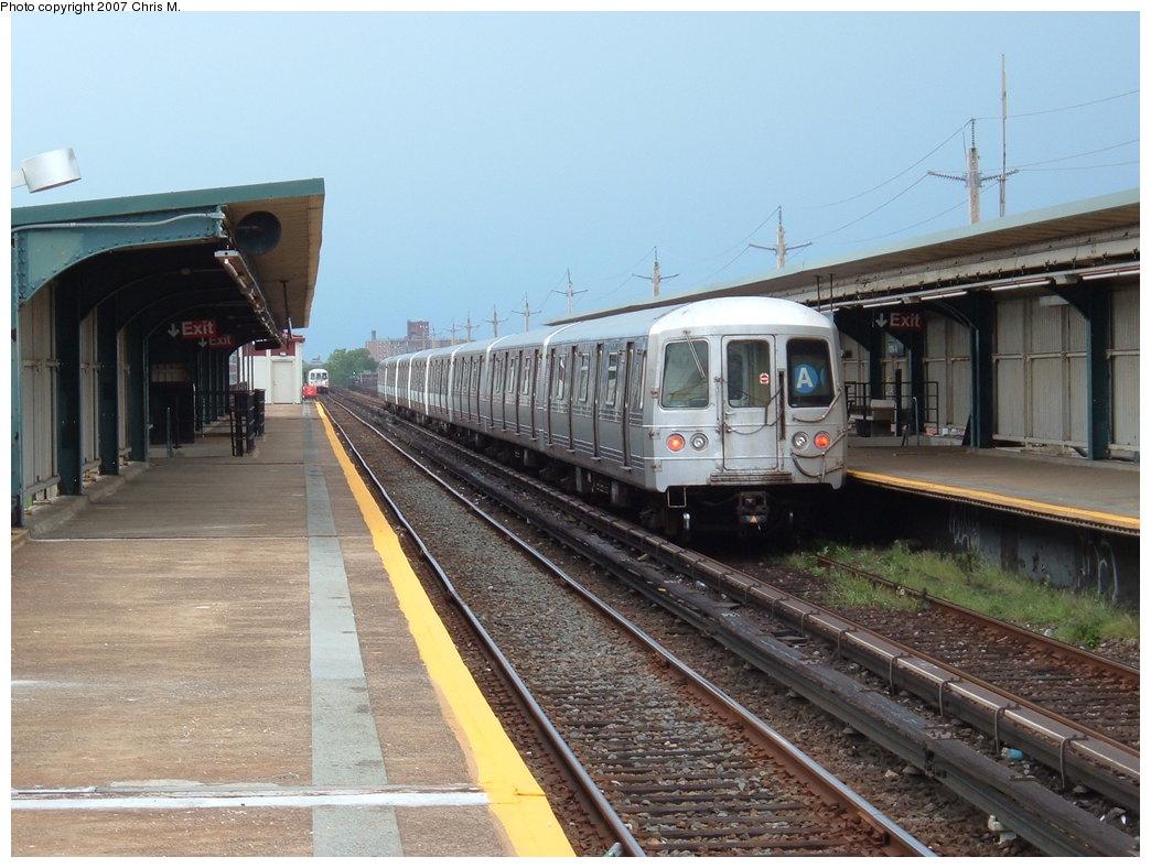 (184k, 1044x788)<br><b>Country:</b> United States<br><b>City:</b> New York<br><b>System:</b> New York City Transit<br><b>Line:</b> IND Rockaway<br><b>Location:</b> Beach 44th Street/Frank Avenue <br><b>Route:</b> A<br><b>Car:</b> R-44 (St. Louis, 1971-73)  <br><b>Photo by:</b> Chris M.<br><b>Date:</b> 8/17/2007<br><b>Viewed (this week/total):</b> 0 / 1397
