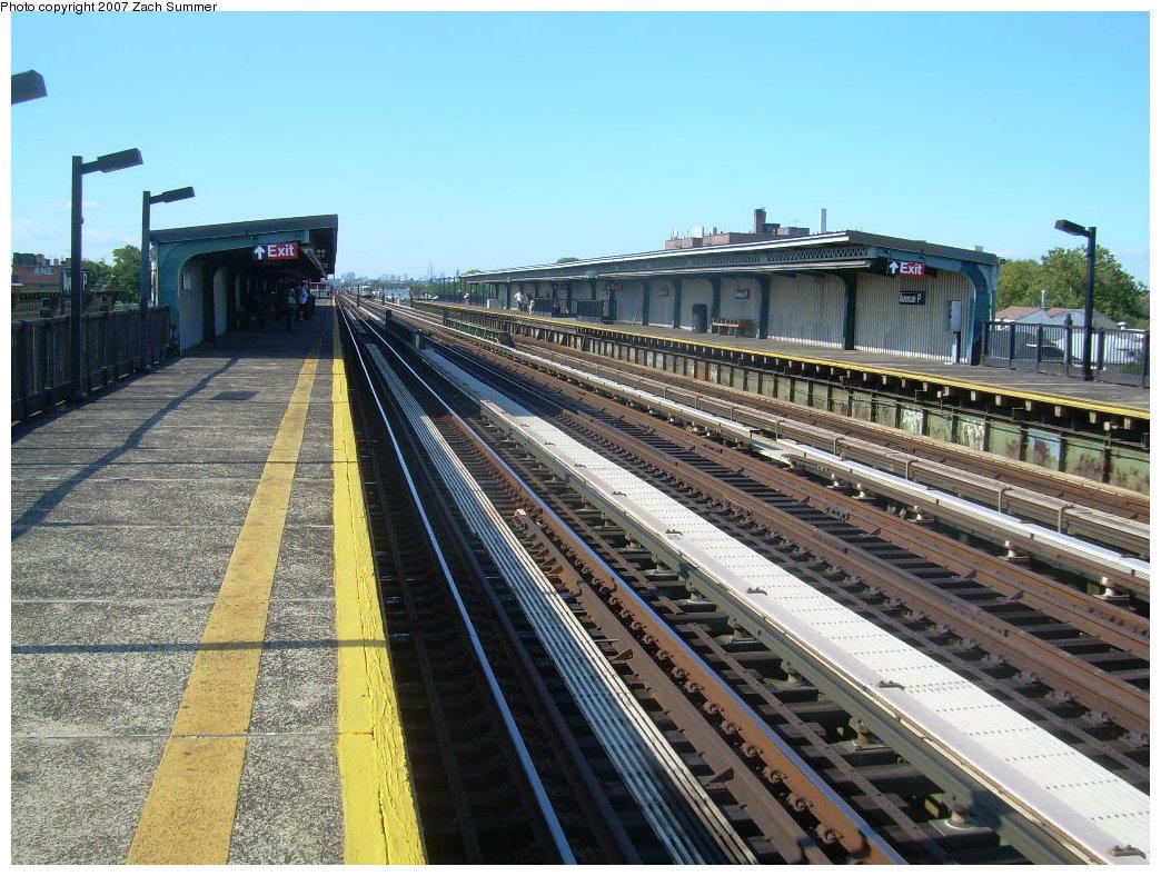 (260k, 1044x788)<br><b>Country:</b> United States<br><b>City:</b> New York<br><b>System:</b> New York City Transit<br><b>Line:</b> BMT Culver Line<br><b>Location:</b> Avenue P <br><b>Photo by:</b> Zach Summer<br><b>Date:</b> 8/12/2007<br><b>Viewed (this week/total):</b> 0 / 1145