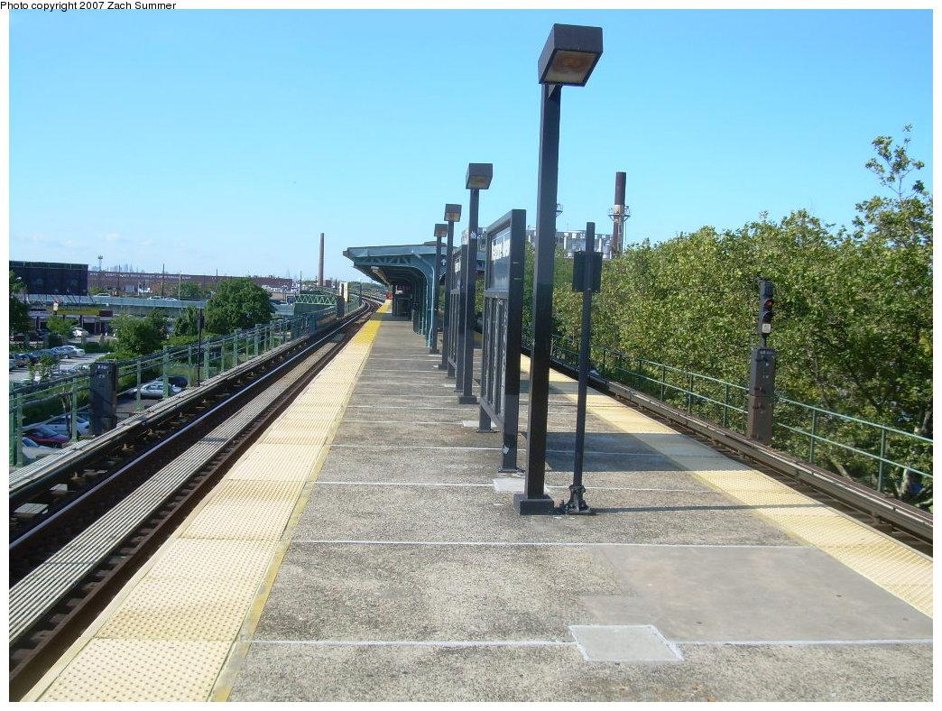 (255k, 1044x788)<br><b>Country:</b> United States<br><b>City:</b> New York<br><b>System:</b> New York City Transit<br><b>Line:</b> BMT Culver Line<br><b>Location:</b> Neptune Avenue <br><b>Photo by:</b> Zach Summer<br><b>Date:</b> 8/12/2007<br><b>Viewed (this week/total):</b> 1 / 1210