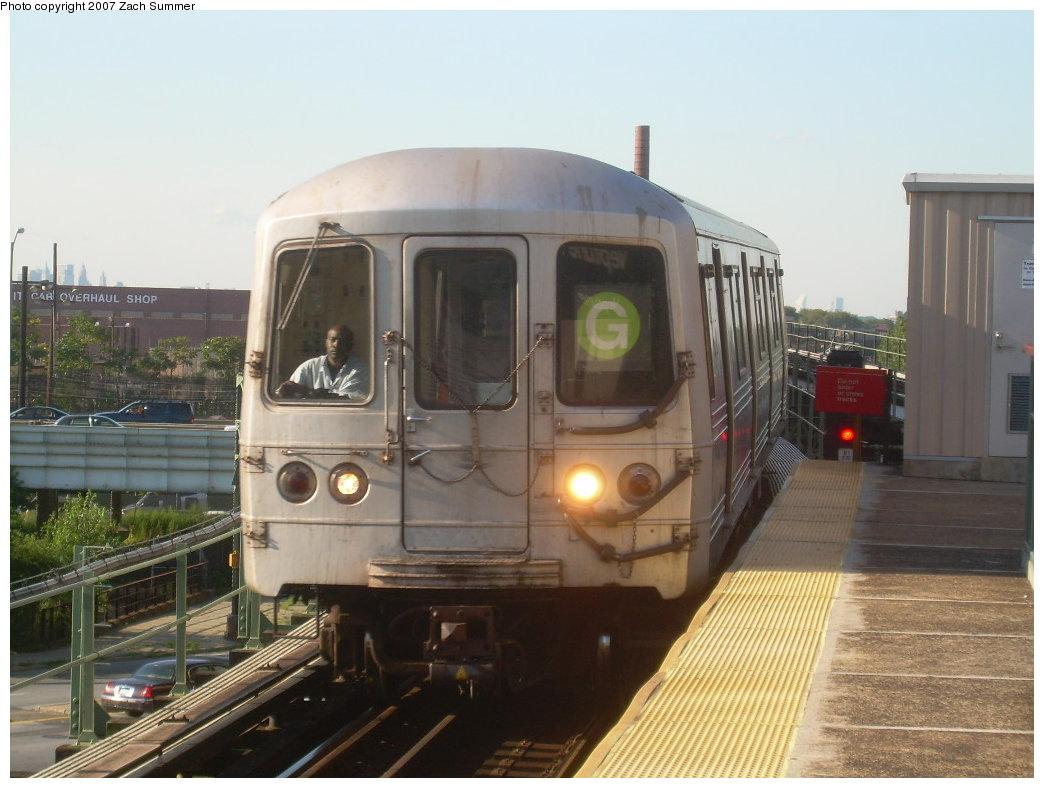 (183k, 1044x788)<br><b>Country:</b> United States<br><b>City:</b> New York<br><b>System:</b> New York City Transit<br><b>Line:</b> BMT Culver Line<br><b>Location:</b> Neptune Avenue <br><b>Route:</b> G<br><b>Car:</b> R-46 (Pullman-Standard, 1974-75)  <br><b>Photo by:</b> Zach Summer<br><b>Date:</b> 8/12/2007<br><b>Viewed (this week/total):</b> 0 / 1461