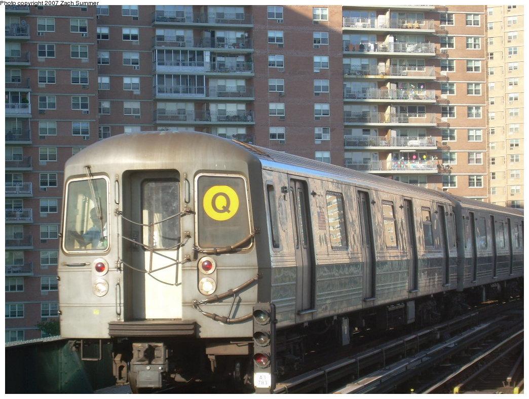(228k, 1044x788)<br><b>Country:</b> United States<br><b>City:</b> New York<br><b>System:</b> New York City Transit<br><b>Line:</b> BMT Brighton Line<br><b>Location:</b> West 8th Street <br><b>Route:</b> Q<br><b>Car:</b> R-68A (Kawasaki, 1988-1989)   <br><b>Photo by:</b> Zach Summer<br><b>Date:</b> 8/12/2007<br><b>Viewed (this week/total):</b> 1 / 1450
