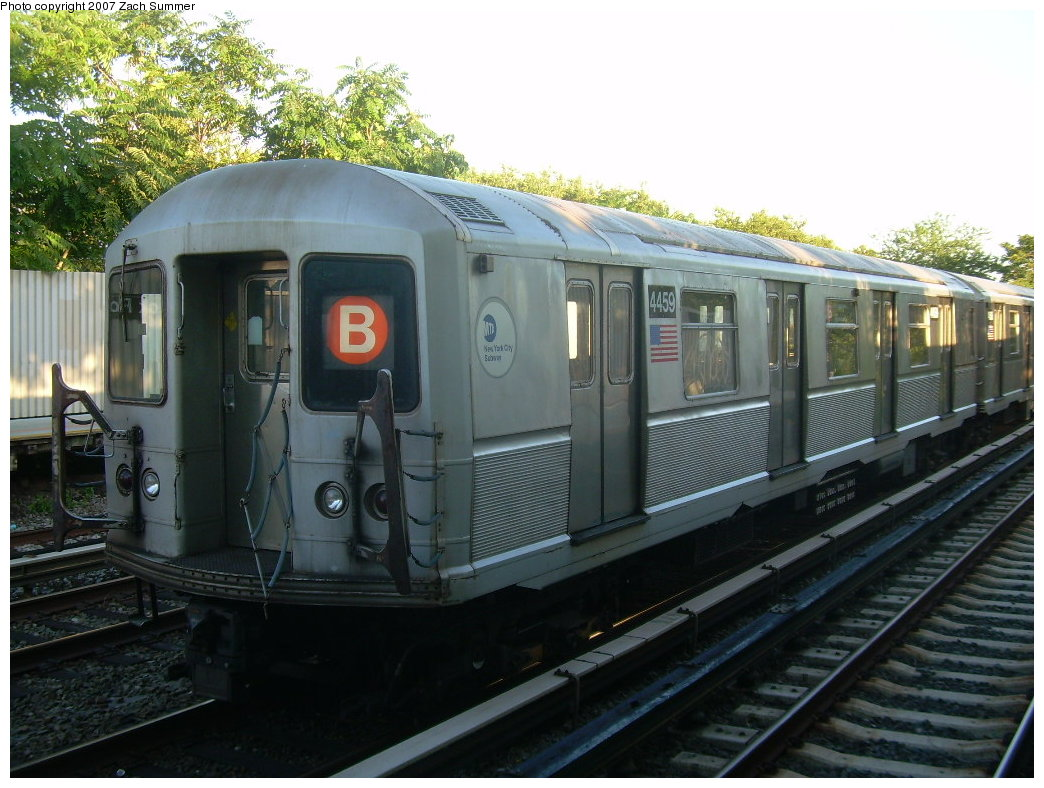 (212k, 1044x788)<br><b>Country:</b> United States<br><b>City:</b> New York<br><b>System:</b> New York City Transit<br><b>Line:</b> BMT Brighton Line<br><b>Location:</b> Neck Road <br><b>Route:</b> B<br><b>Car:</b> R-40M (St. Louis, 1969)  4459 <br><b>Photo by:</b> Zach Summer<br><b>Date:</b> 8/12/2007<br><b>Notes:</b> Layup train at Neck Rd.<br><b>Viewed (this week/total):</b> 0 / 1893