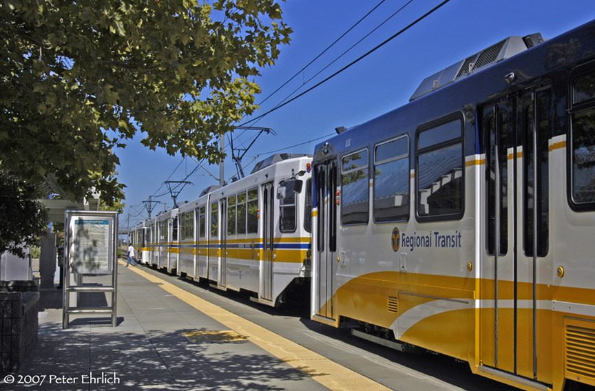 (219k, 864x568)<br><b>Country:</b> United States<br><b>City:</b> Sacramento, CA<br><b>System:</b> SACRT Light Rail<br><b>Location:</b> Swanston <br><b>Car:</b> Sacramento Siemens LRV  111 <br><b>Photo by:</b> Peter Ehrlich<br><b>Date:</b> 8/20/2007<br><b>Notes:</b> Leaving Swanston Station inbound, trailing view.<br><b>Viewed (this week/total):</b> 0 / 1145